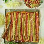 Tarte-frangipane à la rhubarbe et aux fleurs de sureau